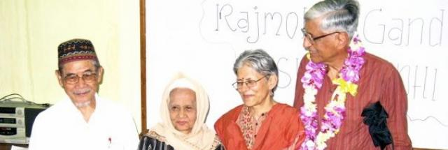 Rajmohan Gandhi visits Indonesia